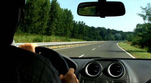 4 tips imperdibles si vas a conducir en carretera